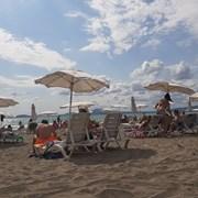 Британци анулират почивките си на Черно море