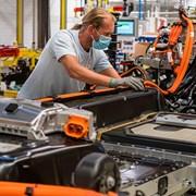 И завода за батерии на Volkswagen няма да е в  България