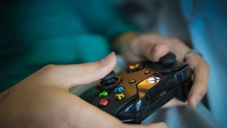 Видеоигрите са пагубни за момичетата, но не и за момчетата