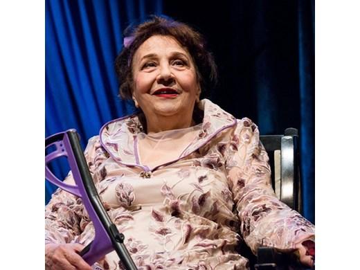 Мария Стефанова с приз за най-добра актриса от Европейския фестивал на пътуващия театър