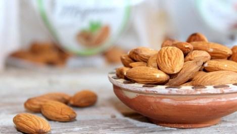 4 неща, които се случват с тялото, ако ядем бадеми всеки ден