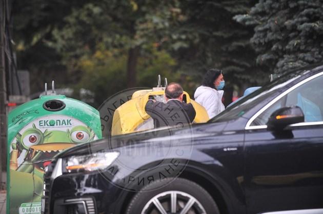 Ники Василев стриктен с отпадъците (Снимки и Видео)
