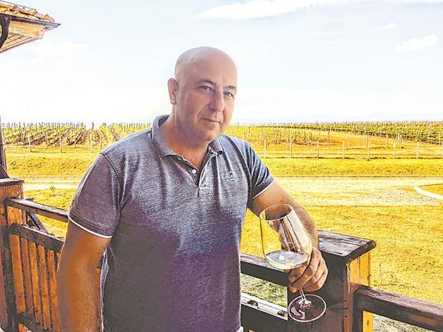 8 лева за бутилка е критична цена за качеството на виното, пресметнал е Гуглев за психологията на потребителя  Снимки: Радина Иванова