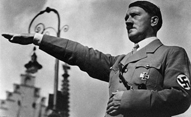 Не успяха да продадат на търг предполагаеми картини на Хитлер