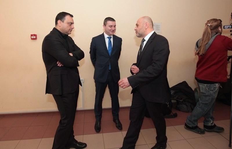 Ивайло Московски, Владислав Горанов и Томислав Дончев чакат реда си за разпит в спецсъда.