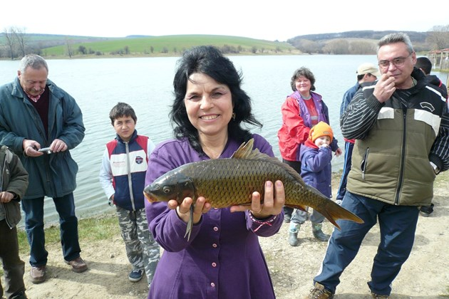 Риболовът остава разрешен на доста водоеми из страната