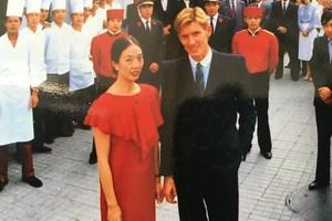 """Благодарение на Сун в Китай отваря врати първият ресторант от веригата """"Максим""""."""