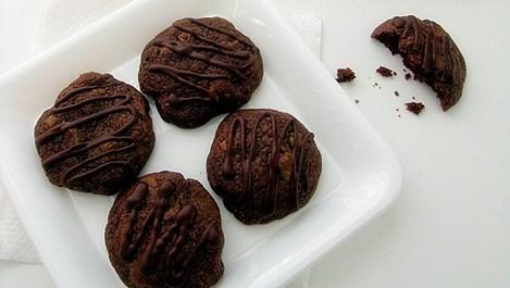 Шоколадови сладки с ядки