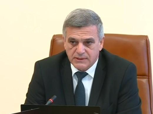 Гледайте изявление на Стефан Радев преди заседанието на Министерския съвет (Видео)