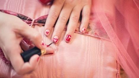Характерът се познава по цвета на лака за нокти