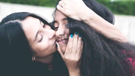 3 родителски практики, които по-късно затрудняват момичетата да разпознават насилието