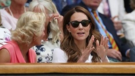 Защо Кейт Мидълтън е почти винаги с пусната коса?