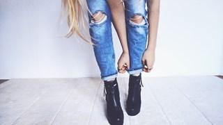 Модни тенденции при дамските дънки