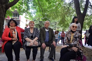 Йорданка Христова, Богдана Карадочева, Светослав Пеев и Емилия Радева (от ляво на дясно) на откриването на плочата