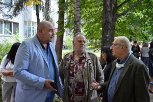 Калин Сърменов, Ивайло Калоянчев и Светослав Пеев също бяха сред гостите на откриването на паметната плоча.