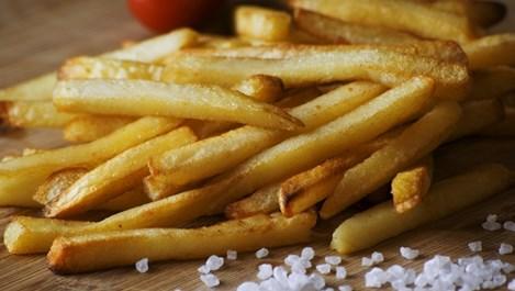 Защо пържените картофи и препеченото месо са опасни