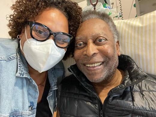 Дъщерята на Пеле: Той се възстановява