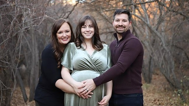Сестра роди петото бебе на брат си