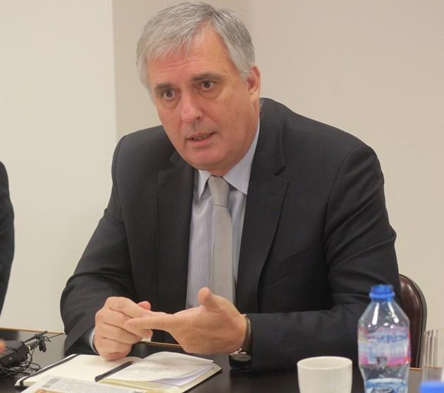 Ивайло Калфин: Има нужда от преизчисляване на пенсиите
