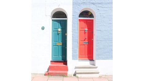 #doortraits - пристрастеност към врати