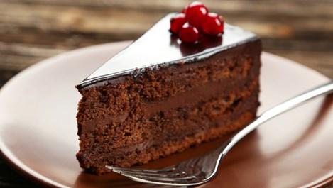 Експерти по хранене: Закусвайте с шоколадова торта!