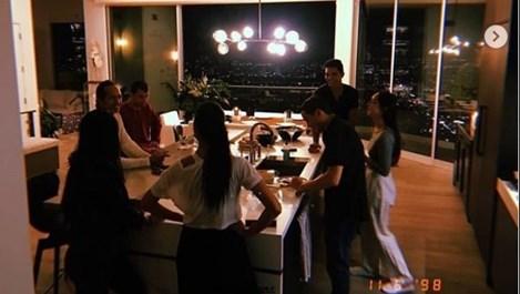 Григор и Никол на парти с приятели в Лос Анджелис