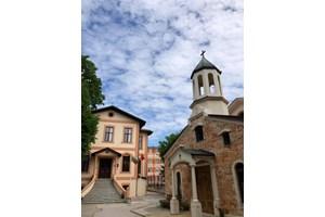 Арменската църква във Варна и училището