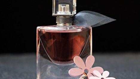 Изберете парфюм с тези приложения