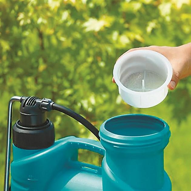 Прахообразният препарат първо разтворете във вода
