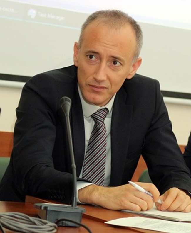 Министърът на образованието Красимир Вълчев.