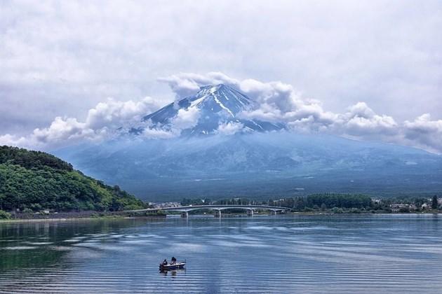 Тойота строи прототип на град на бъдещето в подножието на планината Фуджи (Видео)