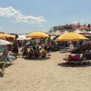 Замениха еднодневния плаж на Бяло море с тридневен на Черно