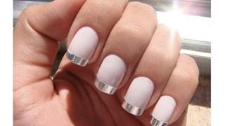 Металикът е цветът на пролетните нокти
