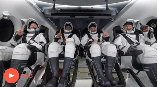 SpaceX върна на Земята четиримата астронавти от МКС