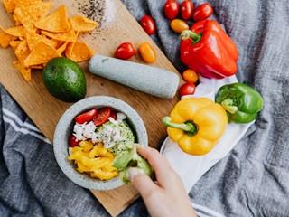 Кои зеленчуци губят полезните си свойства в хладилника