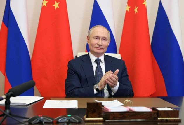 Китай и Русия започнаха изграждането на 4 нови ядрени енергоблока