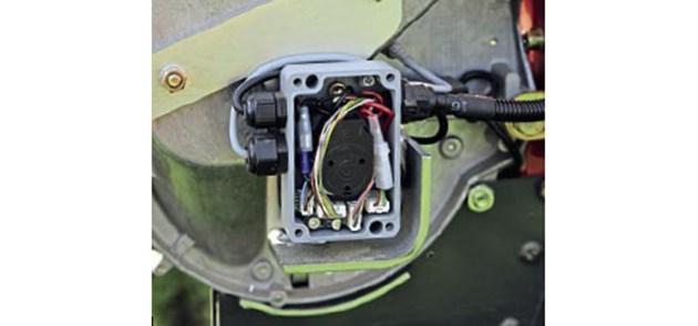 Сега 62 ампера от ISOBUS куплунга са достатъчни за до 12-редови сеялки.