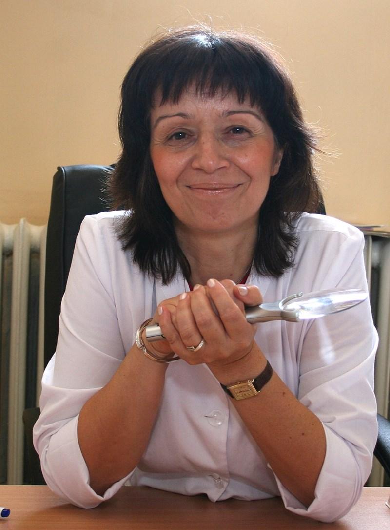 Доц. ЖАНА КАЗАНДЖИЕВА