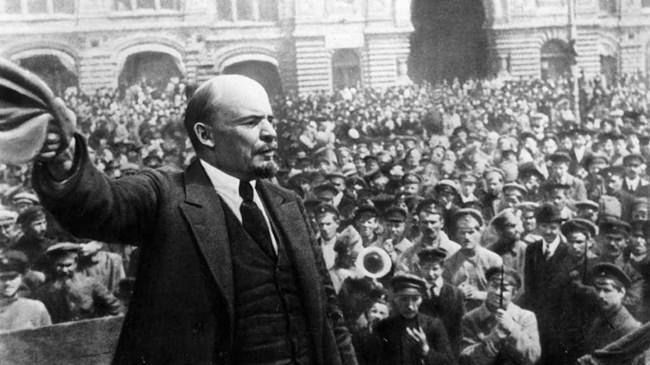 Ленин използвал чувствата на хората, за да постигне целите си и да укрепи властта си.