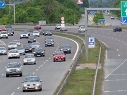 Катастрофа затруднява движението на Околовръстното по пътя от Люлин до Ломско шосе