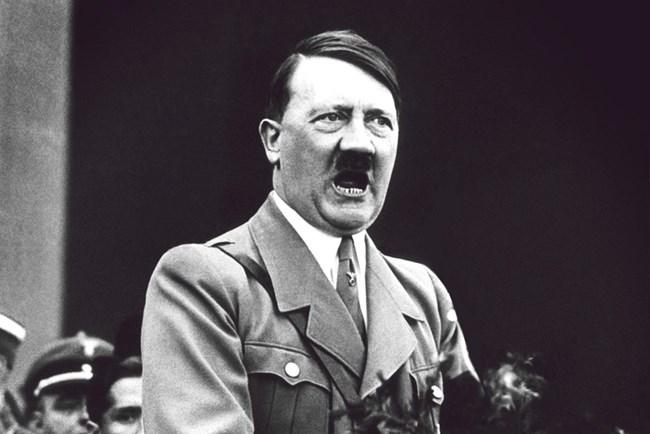 """Хитлер планирал началото на операция """"Барбароса"""" по препоръките на астролозите."""