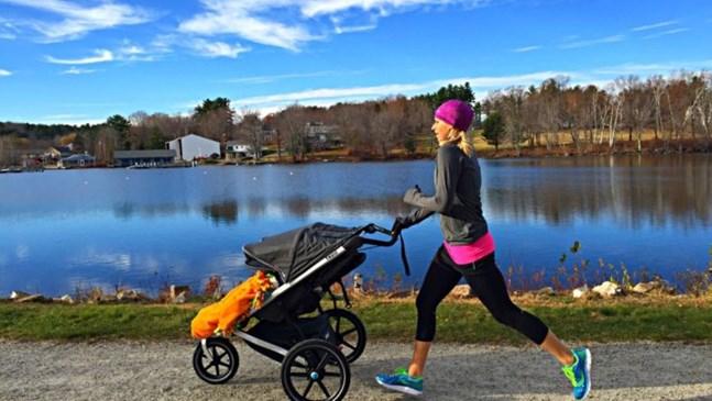 Как да разхождаме бебето в студените дни, без да се простуди