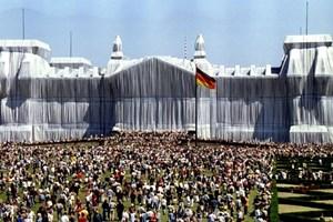 Опаковането на Райхстага е считано за връх в кариерата му