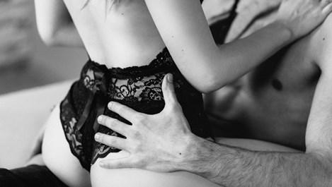 6-те най-добри пози за секс извън спалнята