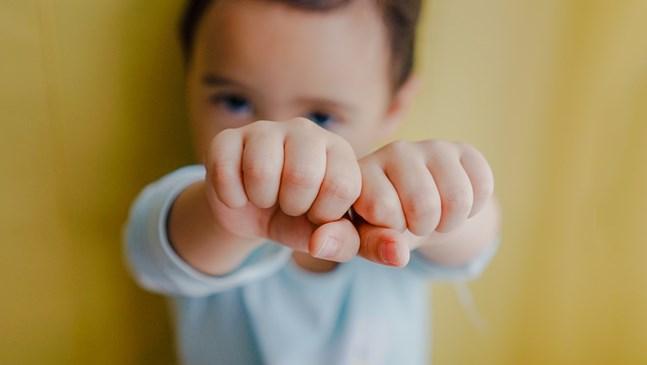 Опитайте да обръщате внимание на добрите качества на детето