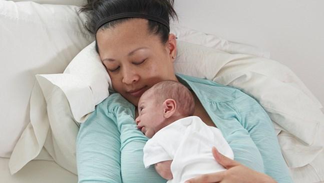 8 неща, които никой не ви казва за първите дни след раждането