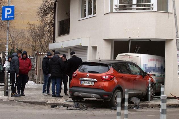 Зрелищна катастрофа в София