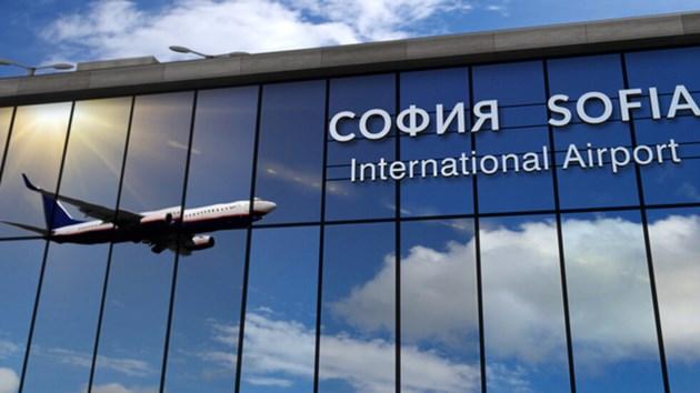 """Държавния авиационен оператор и """"България Еър"""" ще си сътрудничат"""