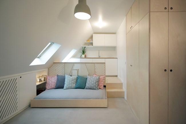 Миниатюрното жилище е с прибиращо се легло
