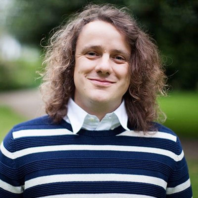 Едуард Кук от Оксфордския университет, наричан Мистър Памет